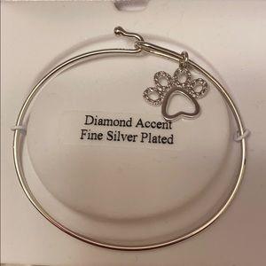 Jewelry - Silver dog print bracelet